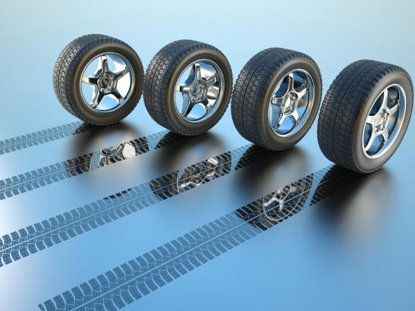 Winterreifen Radwechsel Auto Service Werkstatt Räder Reifenwechsel Reifen Montage Reifenmontage Sommerräder
